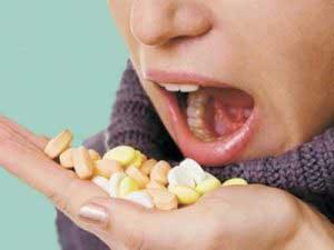 Чем лучше полоскать горло при ангине детям?